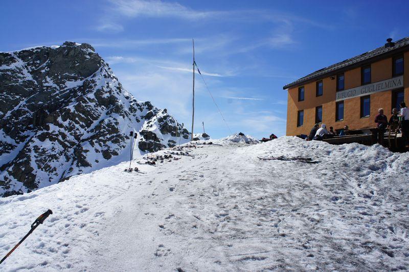 April 7 d5 ski (165)